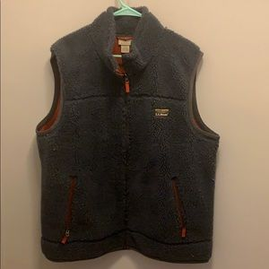 LLBean Fleece Navy vest with red lining size XXL
